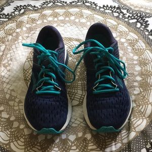 Brooks Ravenna 9, Women's 9.5